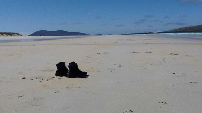 Golden Sandy Beaches - Isle of Harris. Visit on our Grand Tour of Scotland